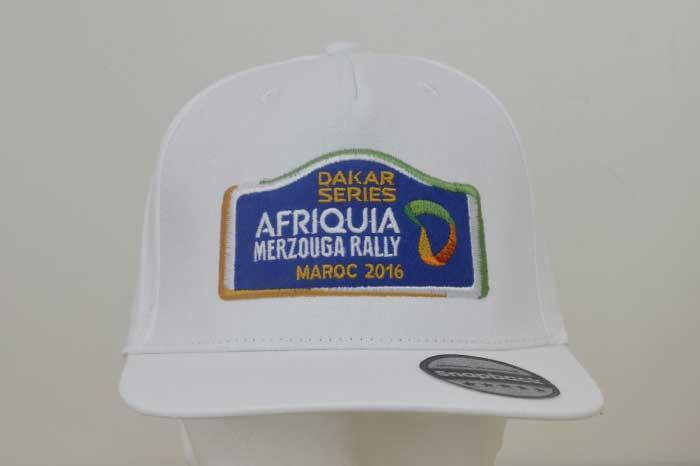 Cappellini personalizzati con ricamo 94f215dd2fc8