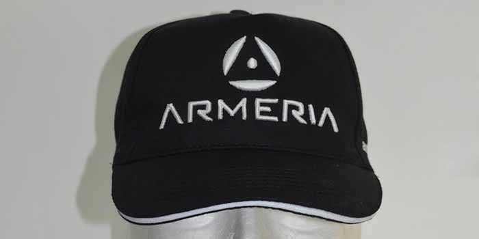 Cappellini personalizzati con ricamo 3D e63187804ad1