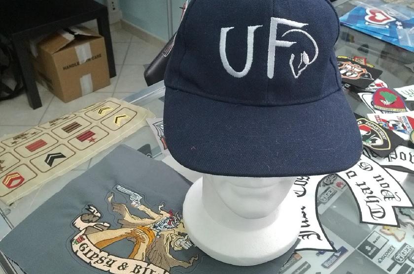 cappello snapback personalizzato ricamo. snapback con ricamo 531d521aa120