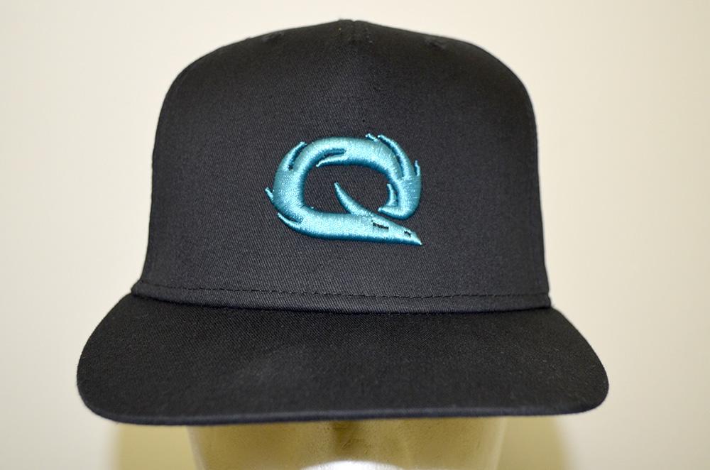 Cappello personalizzato con logo ricamato in tecnica 3D eabf7661f804